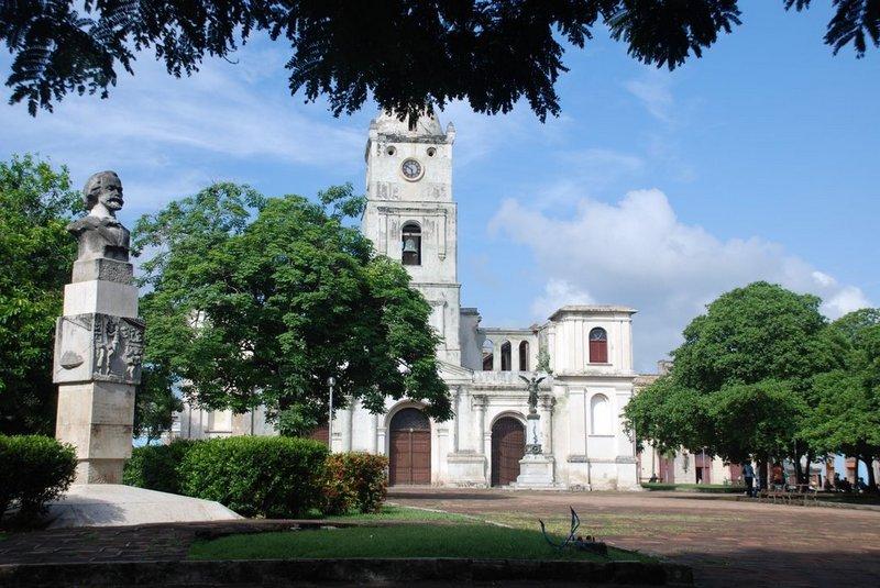 iglesia-san-jose-holguin-cuba